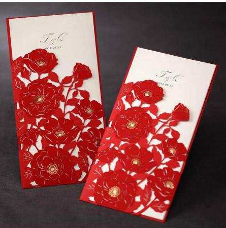 Faire-part dentelle pochette fleurs